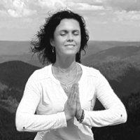 Alena, professeur chez Sélest'Yoga